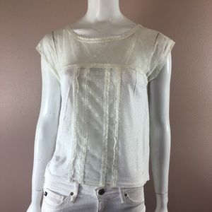 Gilly Hicks top